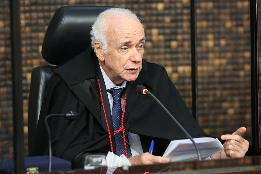 Desembargador Pedro Augusto Mendonça, 45 anos de magistratura no TJAL
